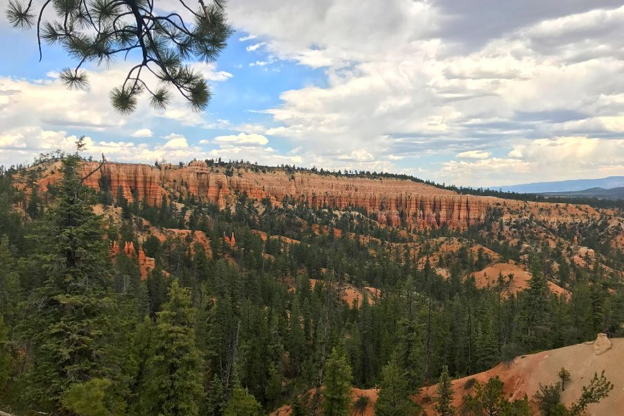 Bryce-Canyon-National-Park-view