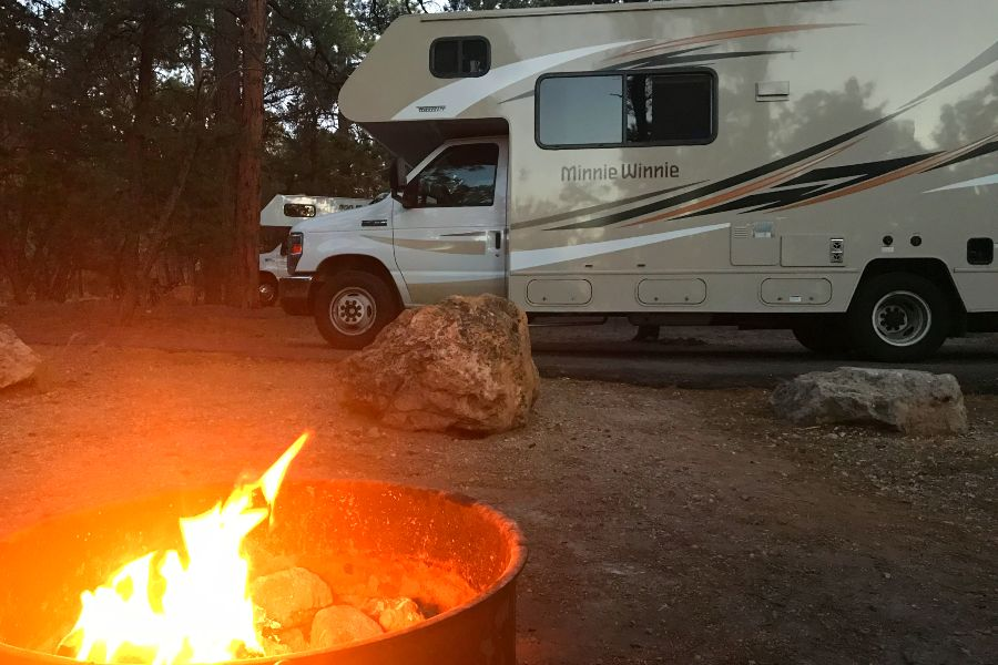 Grand-Canyon-campground-fire