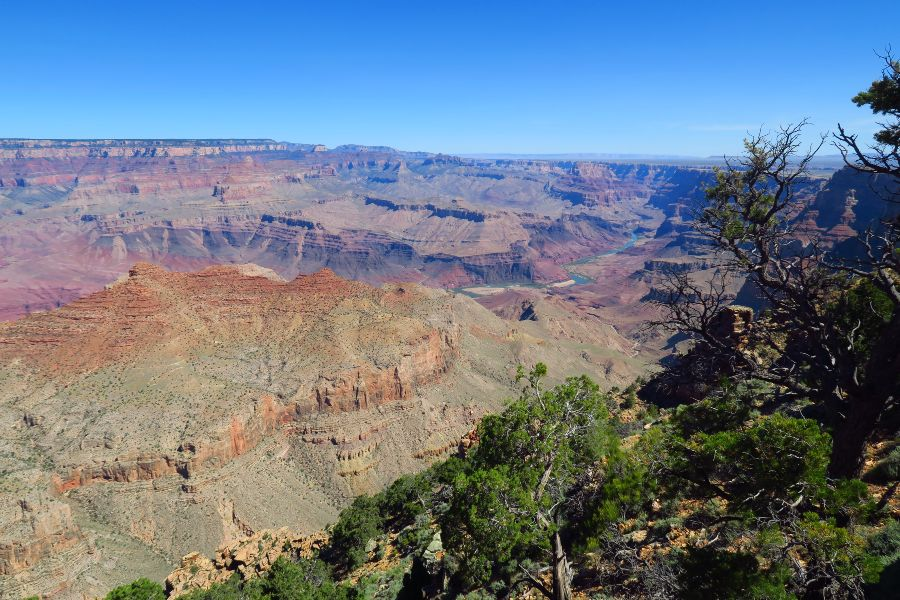 Grand-Canyon-desert-view-3