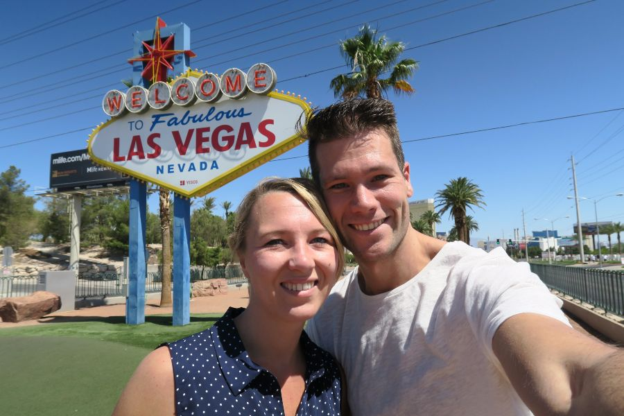 Las-Vegas-sign-nicky-michael
