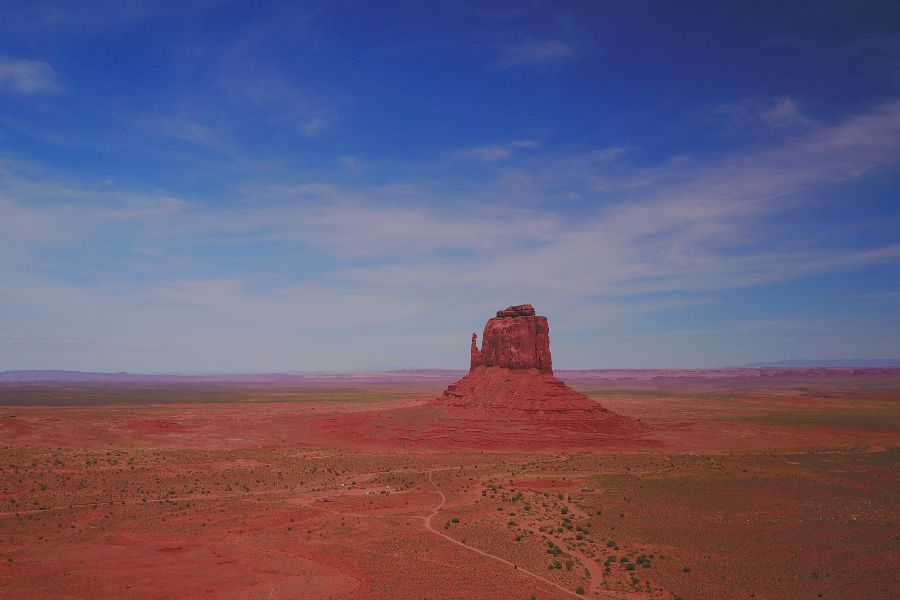 Monument-Valley-view-drone