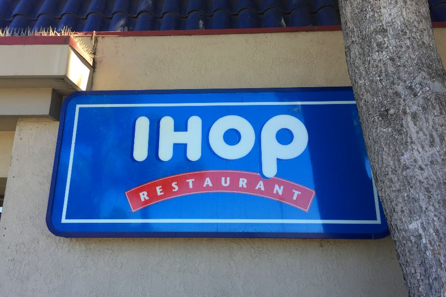 ihop-restaurant-sign